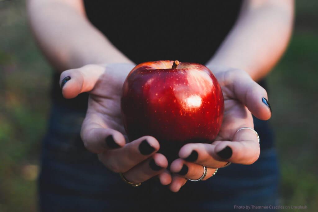 Äpfel sind gesund. Warum nicht auch Bio Kokosöl?
